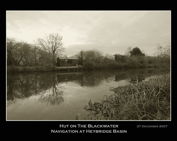 Hut on the Blackwater navigation