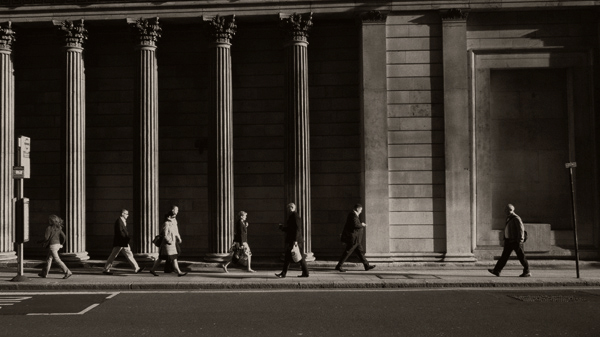 Photographing the decisive moment - when is it?