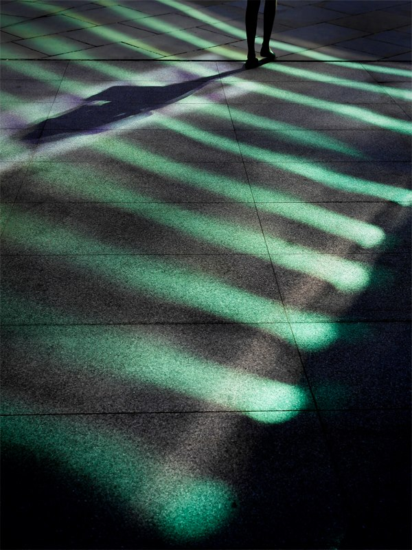 Green reflected light, by Damien Demolder